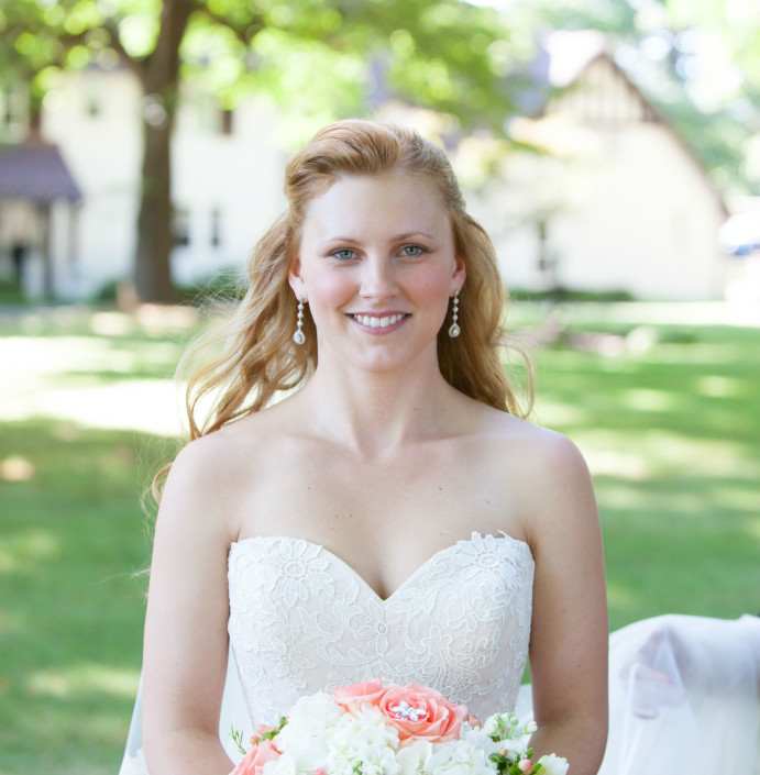 bride and bouquet - Kingston ny