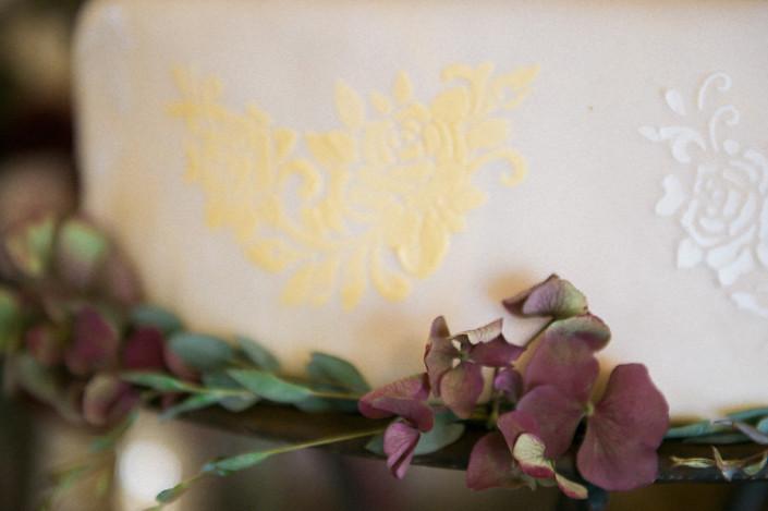 wedding cake - rushmore estate