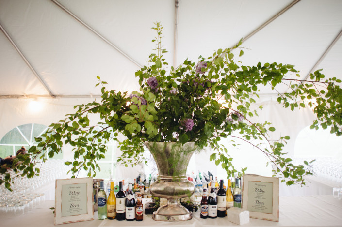 bar floral arrangement - Boscobel wedding