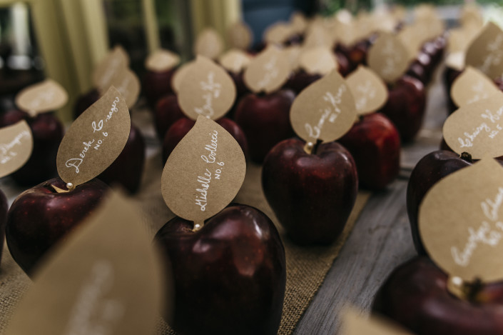 apple escort cards - Elm Rock Inn
