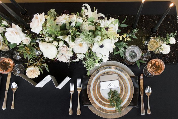 PLACE SETTING - ROUNDHOUSE WEDDING