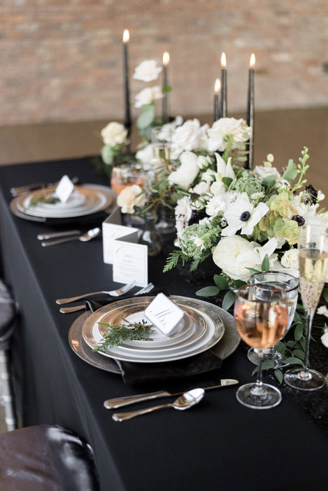 table design - wedding planner - roundhouse
