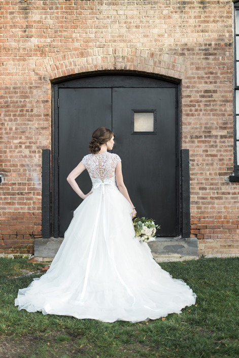 outside bride - roundhouse beacon ny