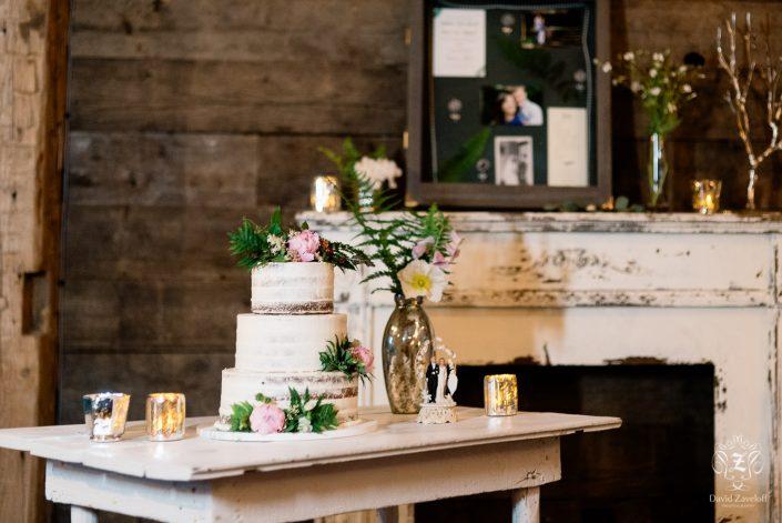 wedding cake - barn wedding - naked cake