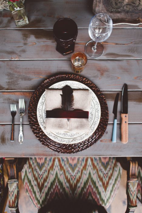 place setting - handsome hollow wedding