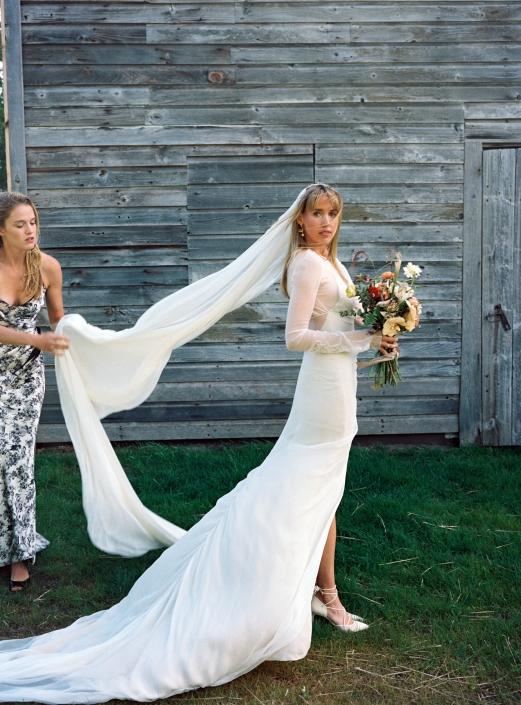 bride hayfield wedding