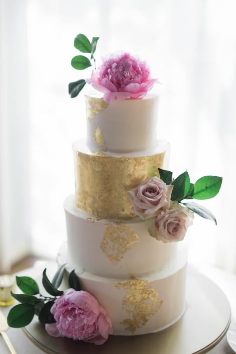 wedding cake -roundhouse