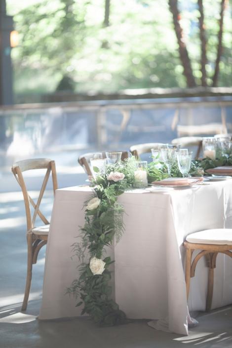 flower garland tablescape - mohonk