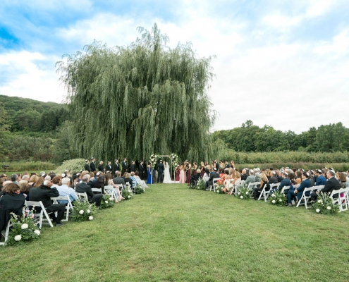 wedding ceremony at Nostrano Vineyards