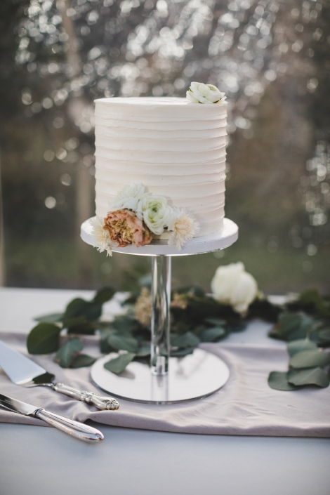 wedding cake by the Hudson cake studio