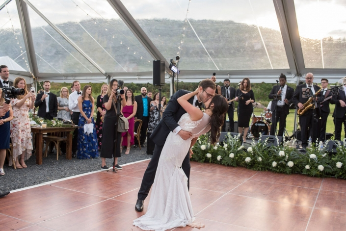 first dance moment - nostrano vineyards
