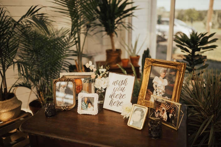 family photo table wedding at Audrey's