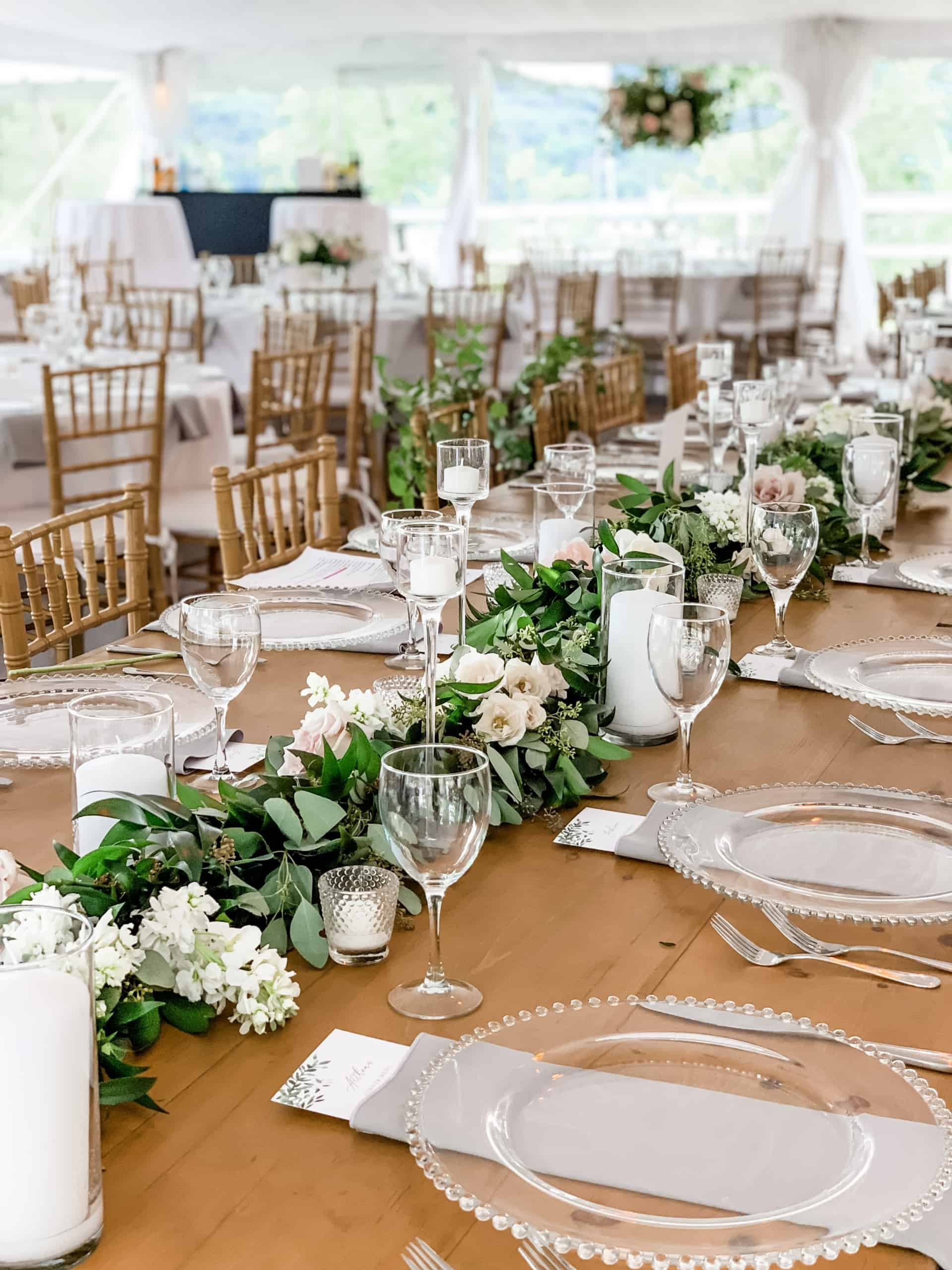 Table design - Athabold Floral