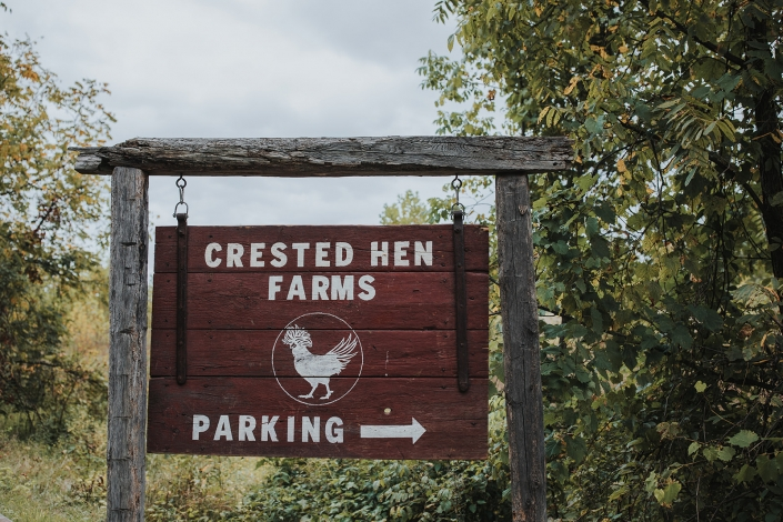 crested hen farms wedding
