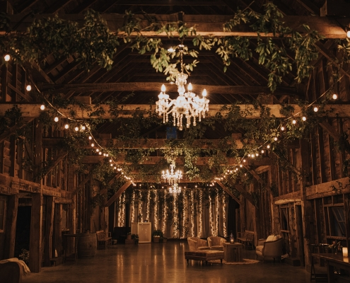barn wedding Hudson valley - crested hen farms