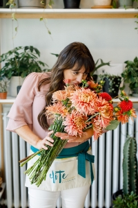 flowers and wedding planner